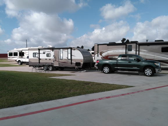 Lake Katy, TX RV Resort