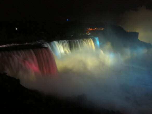Niagara Falls at Night 015