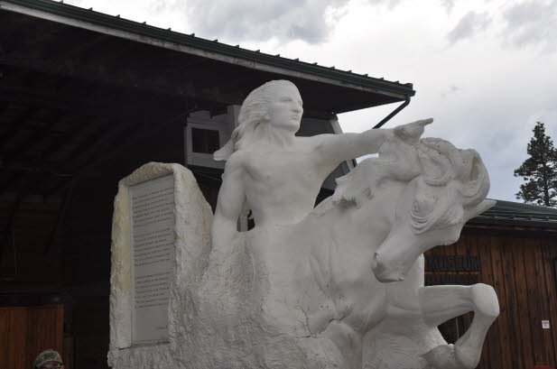 Crazy Horse - Model of mountain carving